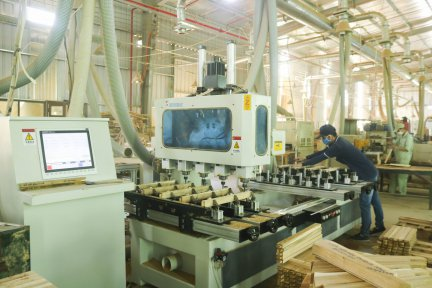 Install and use modern machines, equipment in manufacturing